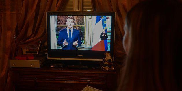 Emmanuel Macron prononçant ses voeux pour l'année