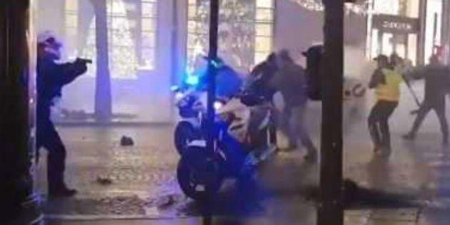 Policiers agressés sur les Champs Elysées le 22