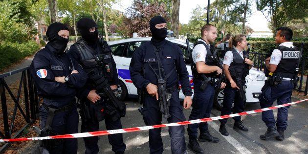 Trappes: deux mortes et un blessé grave dans une attaque au couteau, l'assaillant