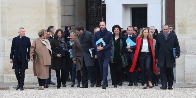 Le gouvernement arrivant à l'Elysée pour le Conseil des ministres, vendredi 4 janvier