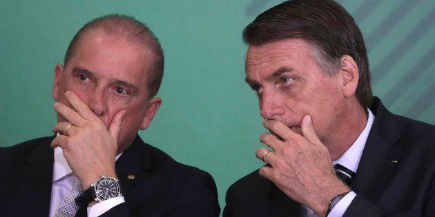 À gauche, Onyx Lorenzoni chef du gouvernement brésilien. À droite, Jair Boslonaro, président du
