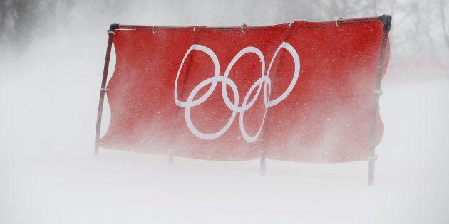 Jeux olympiques d'hiver 2018: de nouvelles épreuves perturbées, le spectre de Nagano