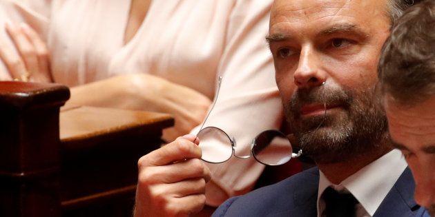 Après les annonces d'Édouard Philippe (ici à l'Assemblée nationale le 31 juillet), l'opposition de droite...