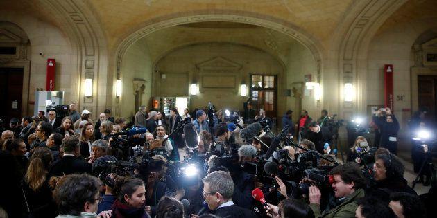 Jawad Bendaoud (jugé au palais de justice de Paris, ici photographié le 24 janvier) a fait le show jusqu'au...