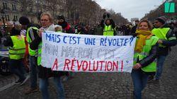 Les gilets jaunes ont bloqué la circulation des Champs-Élysées pour l'acte