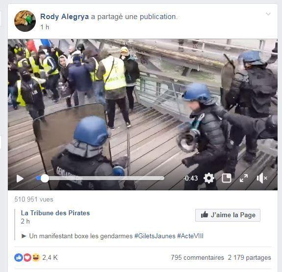 La vidéo d'un CRS boxé par un manifestant déchaîne gilets jaunes et