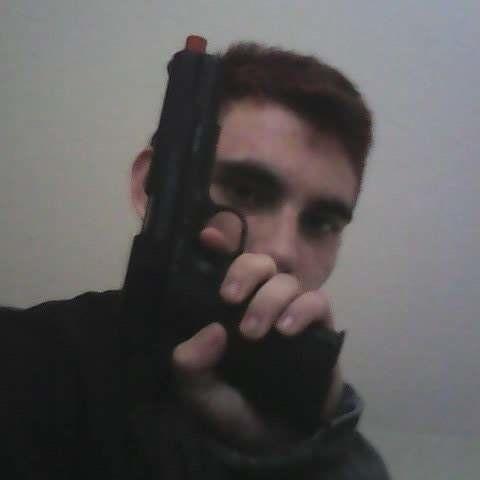 Floride: ce que l'on sait de Nikolaus Cruz, l'auteur de la fusillade du lycée de