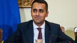 Le gouvernement populiste italien propose l'aide de son mouvement aux gilets