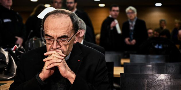 Le cardinal Philippe Barbarin lors de son arrivée au tribunal correctionnel de Lyon le 7 janvier