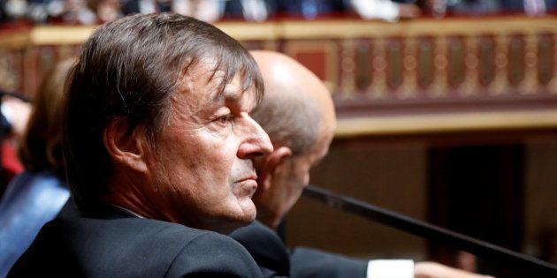 Nicolas Hulot écoutant le discours d'Emmanuel Macron au Congrès de Versailles le 9 juillet