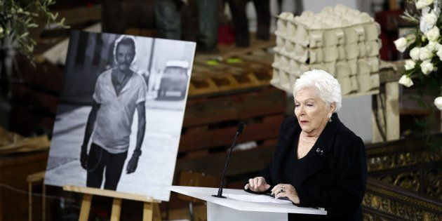 Line Renaud, marraine de Johnny Hallyday, compare la bataille autour de son héritage