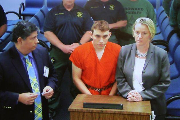 La fusillade en Floride, la faute du FBI qui passe trop de temps à enquêter sur lui, juge