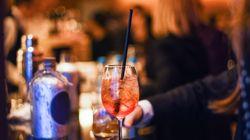 Instaurer un prix minimum de l'alcool dans les boîtes de nuit, une idée qui fait son