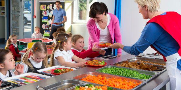 Comment bien lire le menu de vos enfants à la cantine