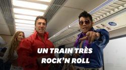 Ces fans d'Elvis célèbrent leur idole à bord d'un train