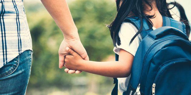 Le ministère de l'Éducation réfléchit à supprimer les allocations familiales pour les parents d'élèves...