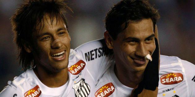 Neymar et Ganso en 2012, sous le maillot du club brésilien de
