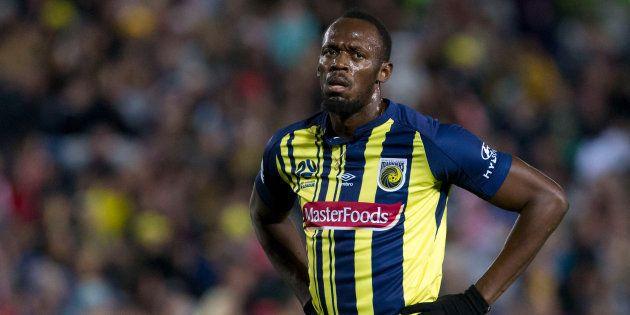 Usain Bolt a fait ses débuts avec son équipe de football en Australie (et ce n'était pas