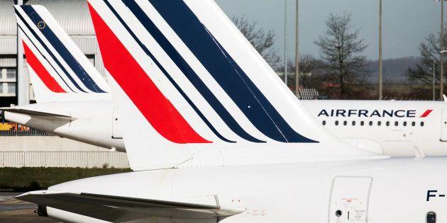 Grève chez Air France: la moitié de longs courriers au départ de Paris