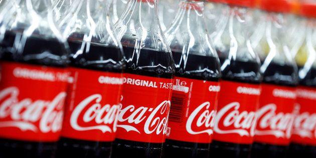 Vous achetez des bouteilles de Coca-Cola plus petites pour le même prix, voici pourquoi (Image