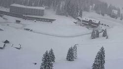 Une avalanche a envahi un hôtel dans une station de ski