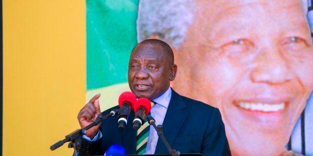 Au Cap le 11 février 2018, le nouveau Président d'Afrique du Sud, Cyril Ramaphosa (ANC), prononce un...