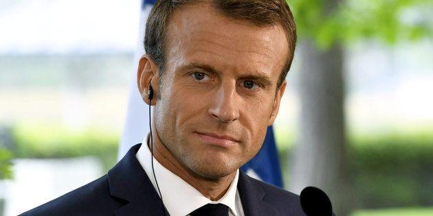 Chiche, monsieur Macron, discutons des sujets sociaux