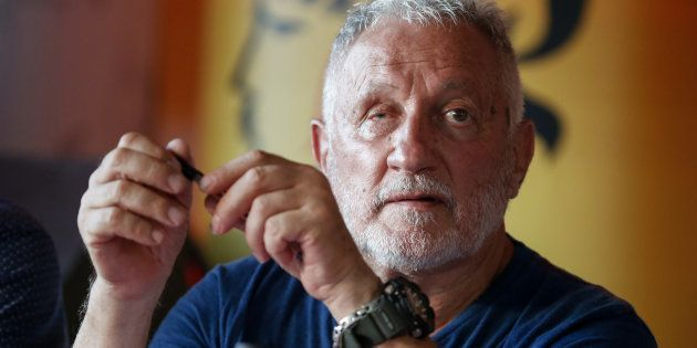 Charles Pieri (ici le 5 août à Corte), figure controversée chez les nationalistes corses, jugé pour injures...