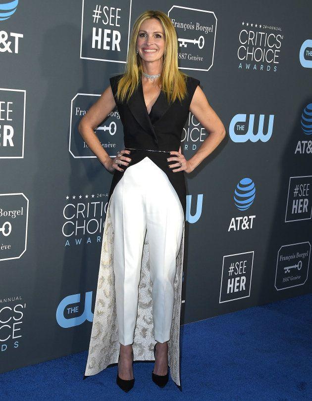 Julia Roberts a foulé les tapis rouges avec sensation lors de la 24ème édition des Critics' Choice