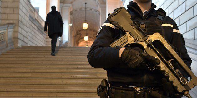 Réforme de la justice: à quoi ressemblerait le parquet national antiterroriste, retiré du