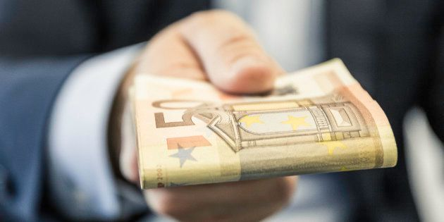 Prélèvement à la source: La liste des crédits d'impôts qui donneront droit à un chèque en
