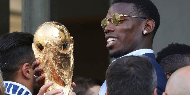 Paul Pogba et les champions du monde français reçus au Palais de l'Élysée le 16 juillet