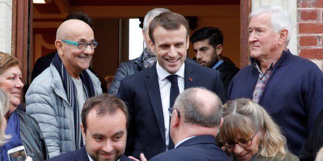 Emmanuel Macron à la mairie de Gasny (Eure) le 15 janvier
