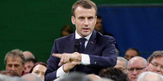 Face à une avalanche de doléances, Emmanuel Macron a profité de ce premier grand débat pour afficher...