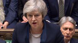Les députés britanniques rejettent massivement l'accord sur le