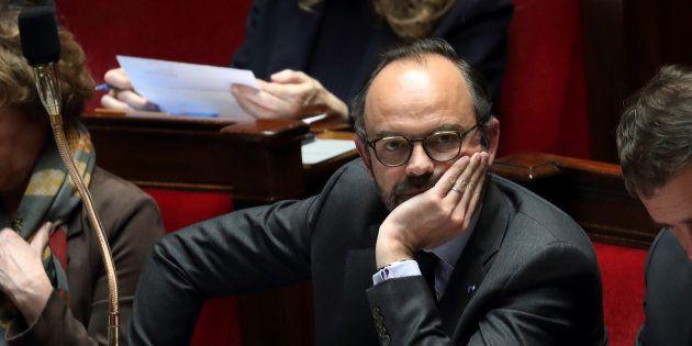 Le premier ministre Edouard Philippe a confirmé que le gouvernement aura recours aux ordonnances pour...