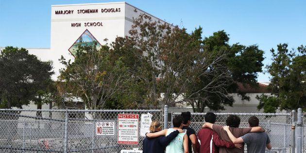 Le lycée de Parkland rouvre, mais que deviennent tous ces lieux frappés par les fusillades