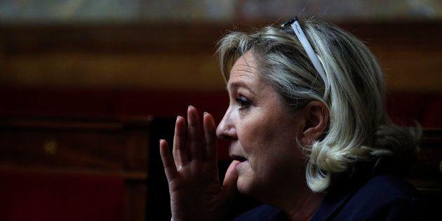 Marine Le Pen n'a plus de salle pour faire son meeting des