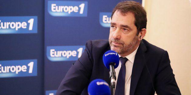 Sur Europe 1, Christophe Castaner a exclu d'interdire les lanceurs de balles de défense, successeurs...