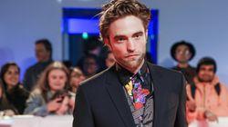 Robert Pattinson déringardise le costume trois