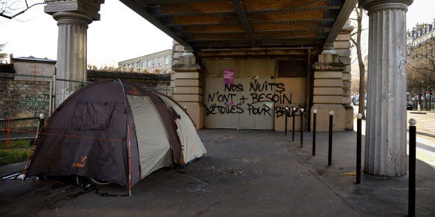 SDF: une cinquantaine d'élus vont dormir dans les rues de Paris pour
