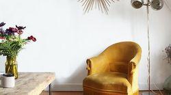 Fini les canapés scandinaves, la mode est aux fauteuils en velours des années