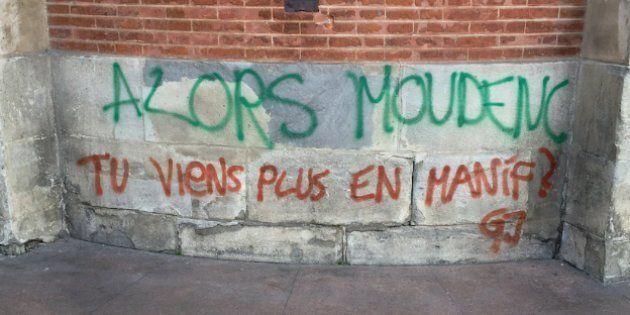 À Toulouse, les gilets jaunes ont laissé un message à leur maire qui a dévoilé dans la semaine qu'il