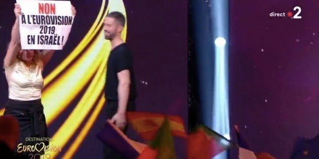 Des opposants à l'organisation de l'Eurovision 2019 par Israël ont investi le plateau de France 2 ce...