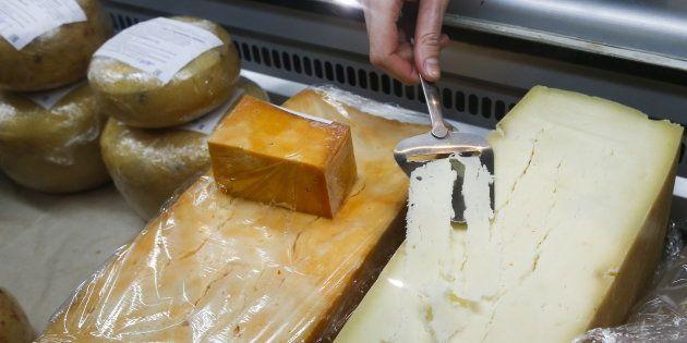 La préparation des fromages a remplacé celle des viandes (photo d'illustration prétexte).