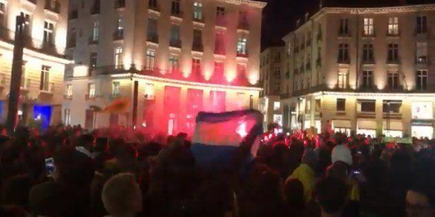 Des centaines de supporters ont chanté en hommage à l'attaquant, présent à Nantes depuis