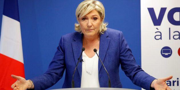 La présidente du FN Marine Le Pen affirme avoir découvert