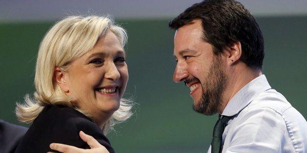 Plombé par ses graves problèmes financiers, le Rassemblement national de Marine Le Pen voit son salut...