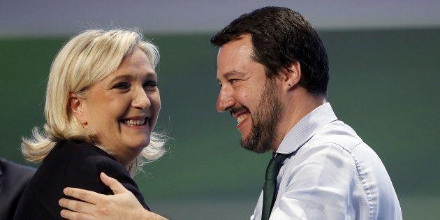 Élections en Italie: Marine Le Pen voit ses alliés triompher et retrouve des raisons