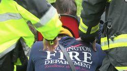 Les images émouvantes des pompiers priant pour une mère et son bébé tués dans